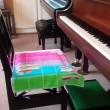ピアノ椅子のタオル