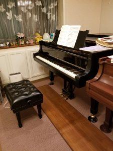 スタンウェイピアノ 床暖房