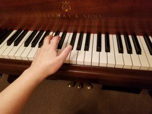 芦屋市 ピアノ 脱力 手首 ローリング